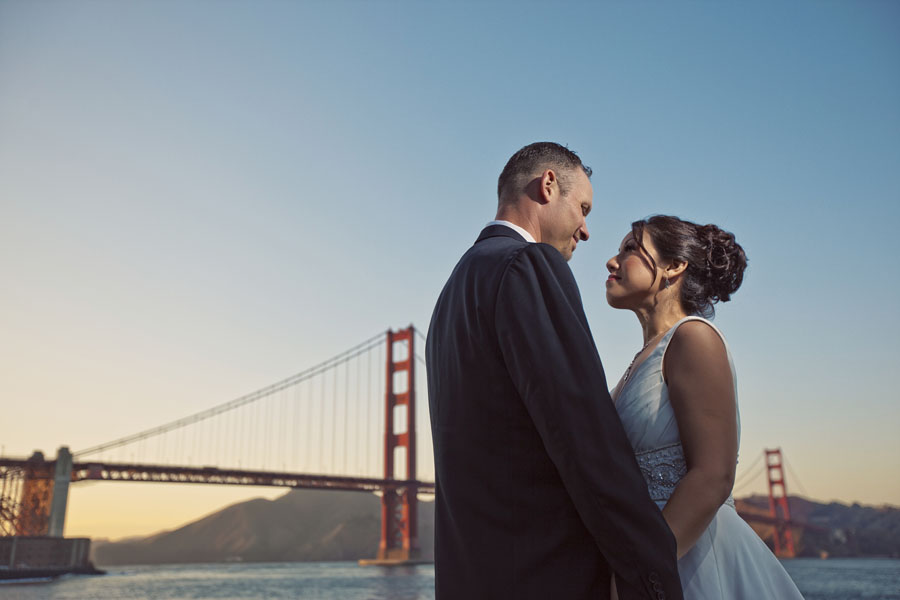 golden gate bridge wedding photography