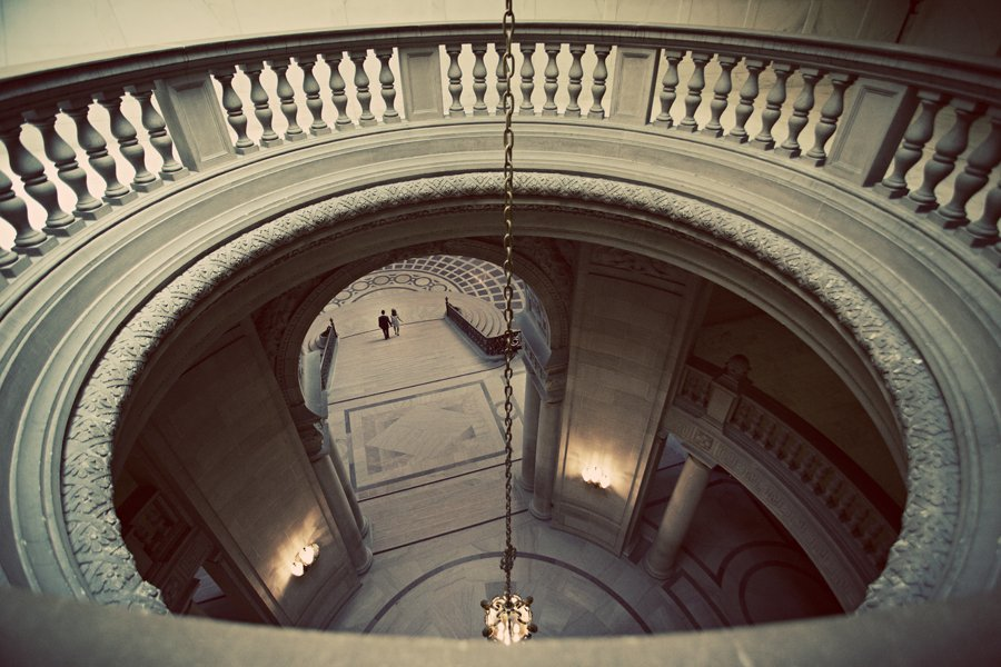 san francisco city hall rotunda wedding