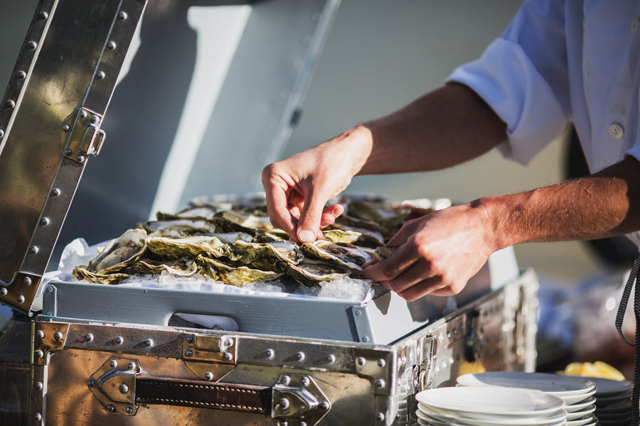 oysters at wedding
