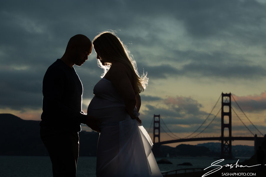 golden gate bridge maternity session
