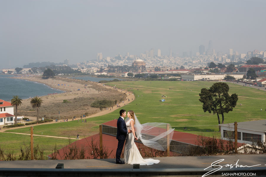 bride and groom overlooking crissy field