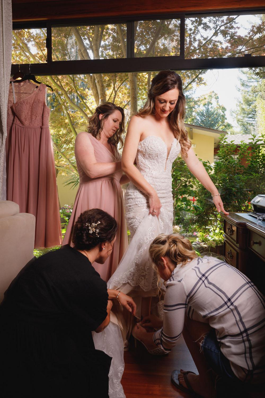 bride prep coverage
